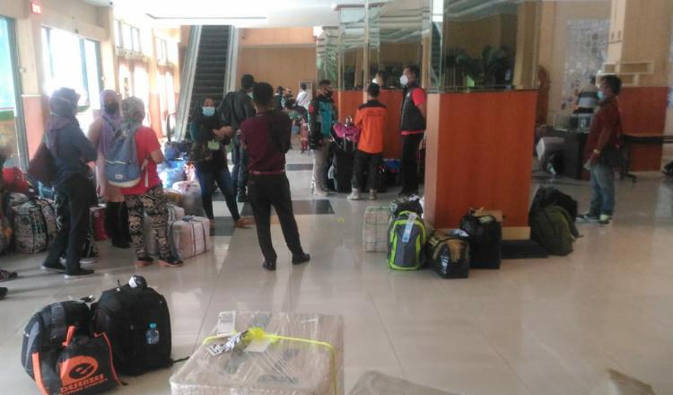 16 Orang PMI Asal Jember Tiba di Kampung Halaman