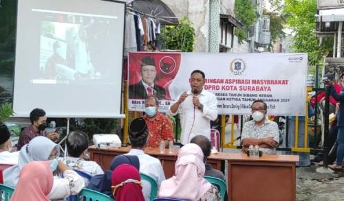 Reses Hari Pertama, Wakil Ketua Komisi B DPR Surabaya Minta Pelaku UMKM segera Mendaftar ke Dinkop