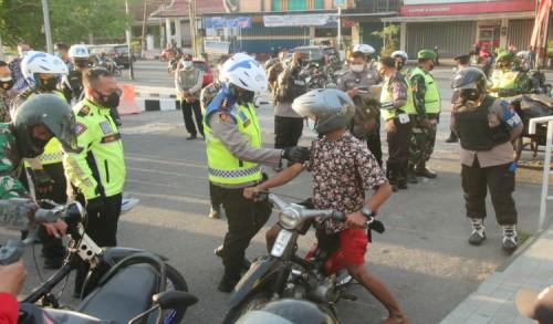 Antisipasi Pemudik Nekat, Polres Blitar Siagakan Personil di Jalur Tikus