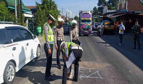 Kecelakaan Adu Banteng Vario vs GL di Banyuwangi, Satu Pemotor Tewas di Lokasi