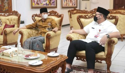 Bupati Trenggalek dan Kediri Bicarakan Kerjasama Adanya Bandara Dhoho