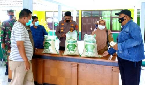 Jelang Idul Fitri, Beras BPNT Kualitas Premium di Tuban Mulai Disalurkan