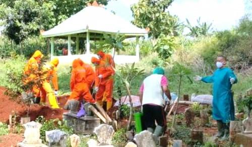Jelang Lebaran, Uang Santunan Bagi Ahli Waris Covid-19 di Tuban Cair 5 Juta