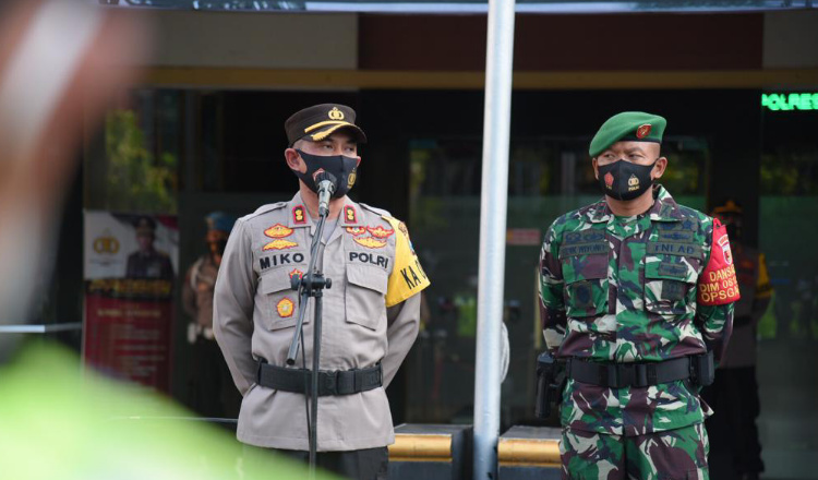 Pandemi Belum Berakhir, Pasukan Gabungan di Lamongan Siaga Amankan Takbir Keliling