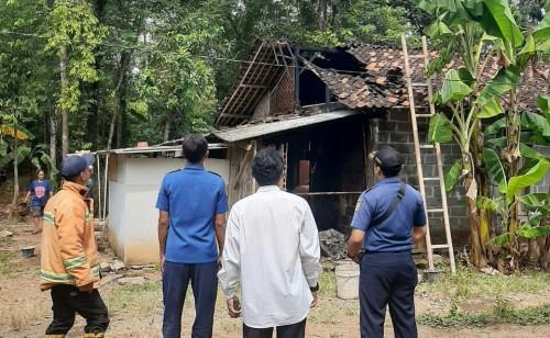 Lupa Matikan Tungku, Dapur Rumah Warga di Purworejo Ludes Terbakar