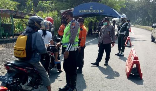 Operasi Ketupat Jaya 2021 Polres Madiun Berhasil Menjaring 7.827 Kendaraan di Seluruh Pos Penyekatan