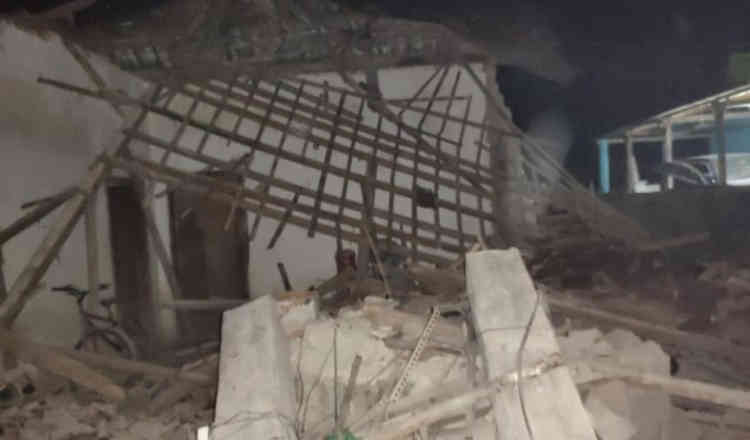 Dampak Gempa Blitar, Dapur Rumah Warga di Banyuwangi Ambruk