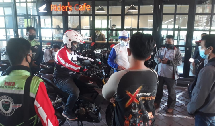 Sunday Riding Gathering Komunitas Honda CB150R