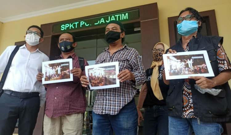 Aktivis 98 Surabaya Laporkan Tiga Pejabat Tinggi Pemprov ke Polda Jatim
