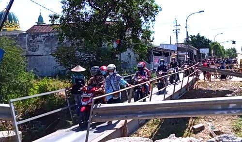 Telan Anggaran 6 Miliar, Proyek Jembatan Glendeng Tuban-Bojonegoro Ditargetkan Rampung 4 Bulan