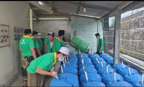 Ciptakan Wirausaha Pondok, Baznas Jateng Ajari Santri Purworejo Cara Pengolahan Sampah