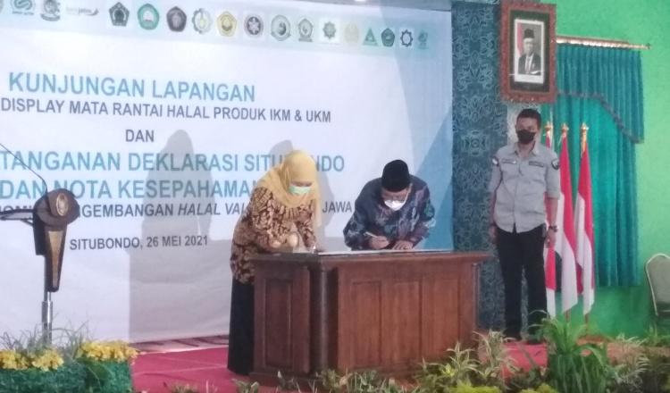 DP MUI Jatim Bidang KPEU Lakukan MoU Halal Value Chain dengan Pemprov dan Pemkab Situbondo