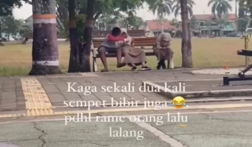 Heboh Video TikTok Dua Remaja Bermesraan di Alun-Alun Purworejo