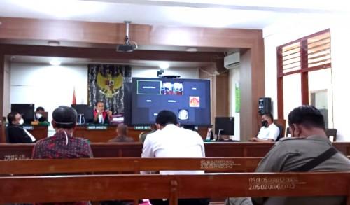 Pemilik Warung Halangi Satgas Covid-19 di Tuban Disidangkan, PN Hadirkan Satpol-PP dan Dishub