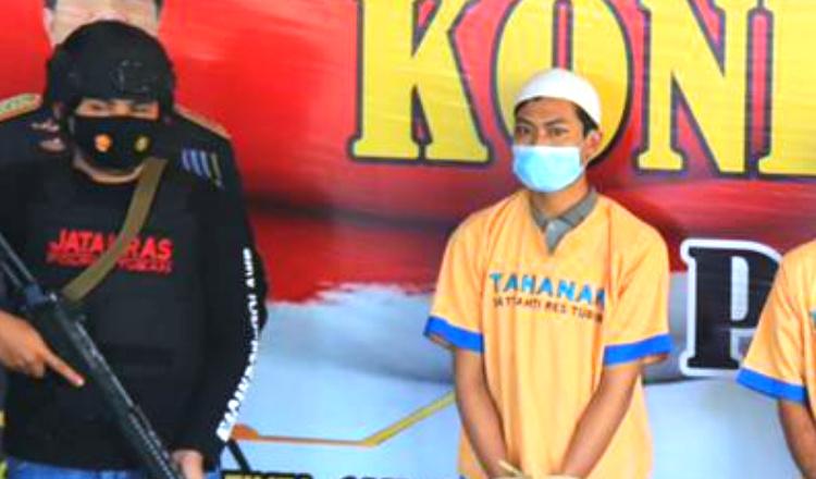 Pasangan Pria di Tuban Ini Laporkan Pacarnya ke Polisi Usai Gondol Motor dan HP