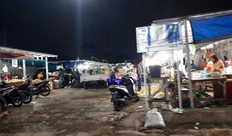 Komisi B Minta Pemkot Tindak Tegas Keberadaan Pasar Liar di Surabaya