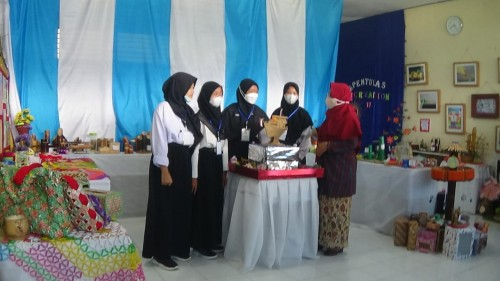 Apresiasi Hasil Karya Siswa, SMPN 17 Purworejo Gelar Pameran