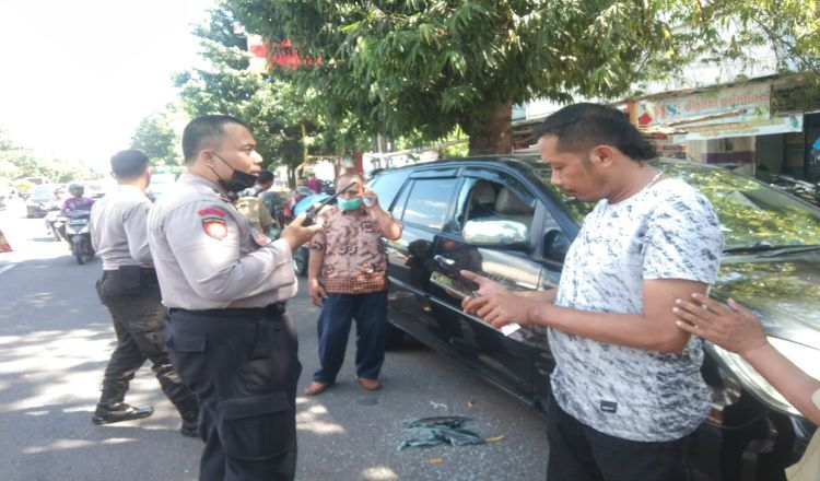 Kaca Mobil Dipecah, Uang Rp 20 Juta di Situbondo Raib