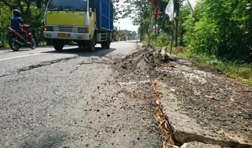 Warga Siap Ajukan Gugatan Class Action Atas Pelaksanaan Pekerjaan Jalan Ngampon-Bendo Trenggalek