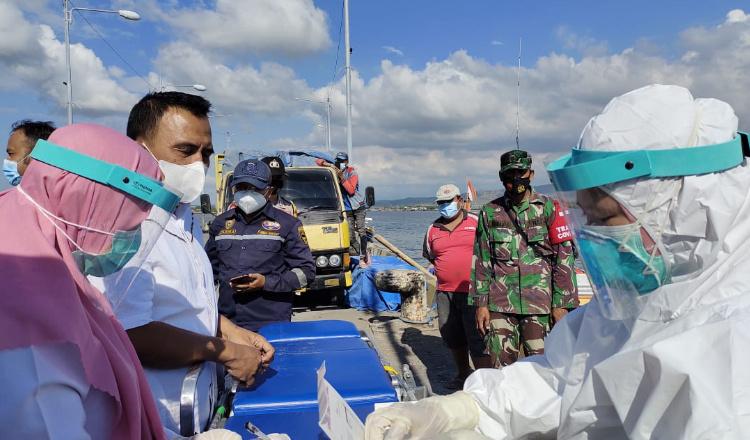 Puskesmas Panarukan Situbondo Tracing dan Swab Antigen ke ABK Asal Madura