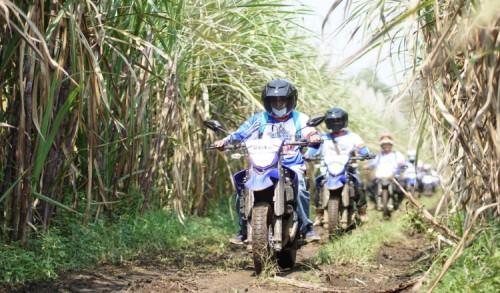 Yamaha Jatim Ajak Konsumen dan Media Ngalas Bareng WR 155