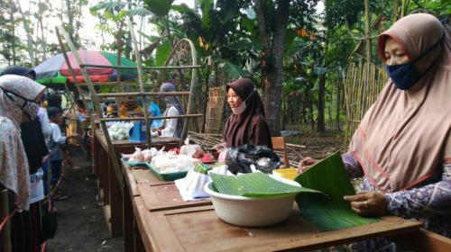 Sajikan Aneka Kuliner Tradisional, Warga di Purworejo Bikin Pasar Umpet