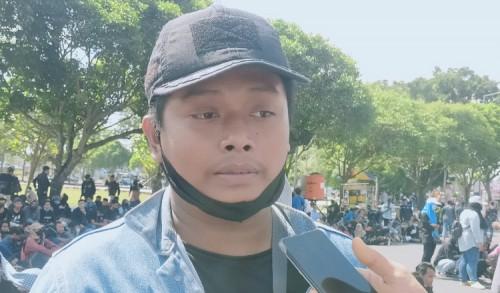 Demo Tak Ditemui Bupati, Mahasiswa Jember Kecewa