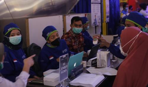 Pemkab Jember, Launching Gerai Pelayanan Vaksinasi untuk Lansia