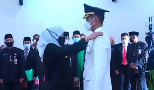 Bupati dan Wakil Bupati Tuban Dilantik, Ini Pesan Gubernur Jatim