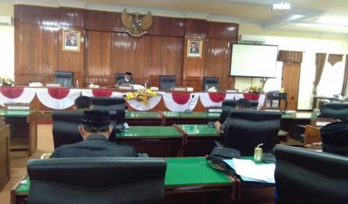 Banggar Gelar Rapat, Komisi Sampaikan Hasil Klarifikasi LKPJ Bupati Trenggalek