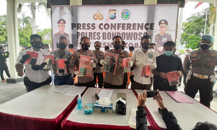 Polres Bondowoso Bekuk Penjual dan Pengguna Ganja Kering Jaringan Medan