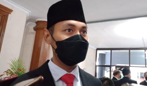 Absen Dalam Rapat Paripurna Perdana, Bupati Tuban: Sudah Jangan Dibahas Lagi