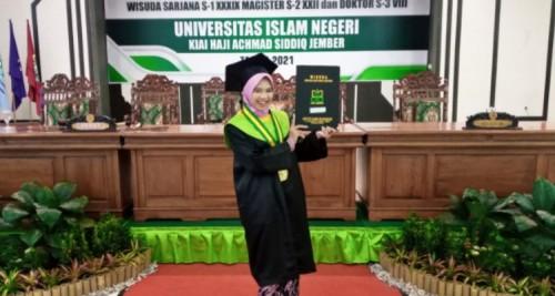 Mahasiswi UIN KHAS Jember Asal Madura Ini, Sukses Berkarir Sambil Kuliah