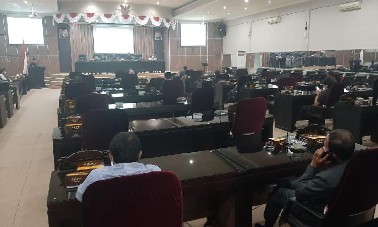 Cegah Penularan Covid-19, Kehadiran Anggota DPRD Bondowoso saat Paripurna Dibatasi