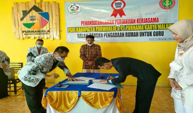 PGRI Purworejo Teken MoU Pengadaan Rumah untuk Guru