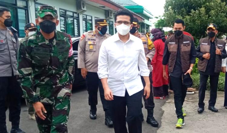 Pantau Vaksinasi Massal di Kodim 0811, Wagub Jatim Beri Pesan ke Pemkab Tuban