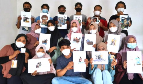 Edisi Covid-19, Mahasiswa KKN Universitas Negeri Malang Gelar Workshop Collage Art di Tuban