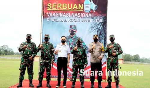 Hadiri Serbuan Vaksinasi, Wabup Blitar Rahmat Ajak Warga Gotong Royong Hadapi Pandemi Covid-19