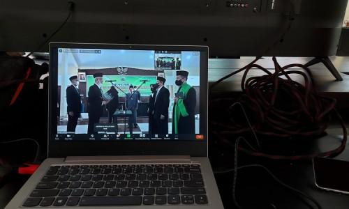 Bupati Bondowoso Lantik Ratusan Pengawas Sekolah dan Kepala UPTD Secara Virtual