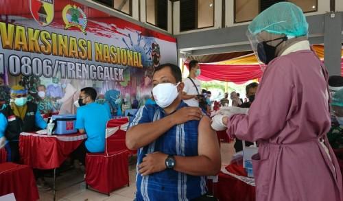 DPRD Dukung Pemkab Trenggalek Maksimalkan Vaksinasi Masal
