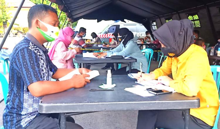 Vaksinasi di Polres Tuban Kembali Dibuka, Hanya Ada 1.950 Dosis