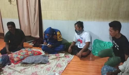 Berangkat dari Kalimantan, Kapal Muatan Kayu Tenggelam di Perairan Gresik