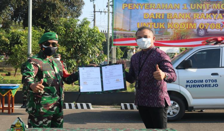 Kodim 0708 Purworejo Terima Hibah Ambulance Guna Membantu Pelayanan kepada Masyarakat
