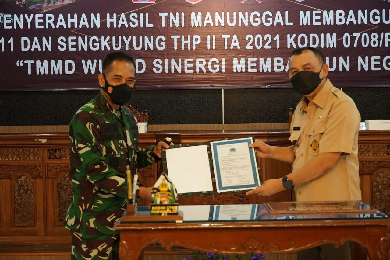 TMMD Sengkuyung Tahap II Selesai, Kodim 0708 Purworejo Serahkan Hasil Kerja kepada Pemkab