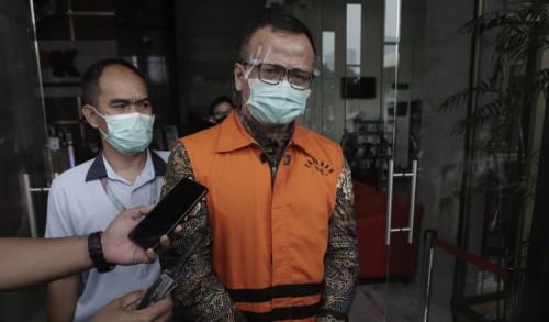 Divonis 5 Tahun Atas Kasus Suap Ekspor Benih Lobster, Prabowo: Saya Sedih