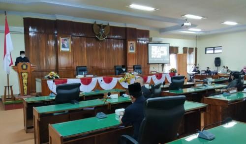 Rapat Paripurna DPRD Trenggalek Secara Virtual Sukses Digelar, Dua Agenda Disahkan