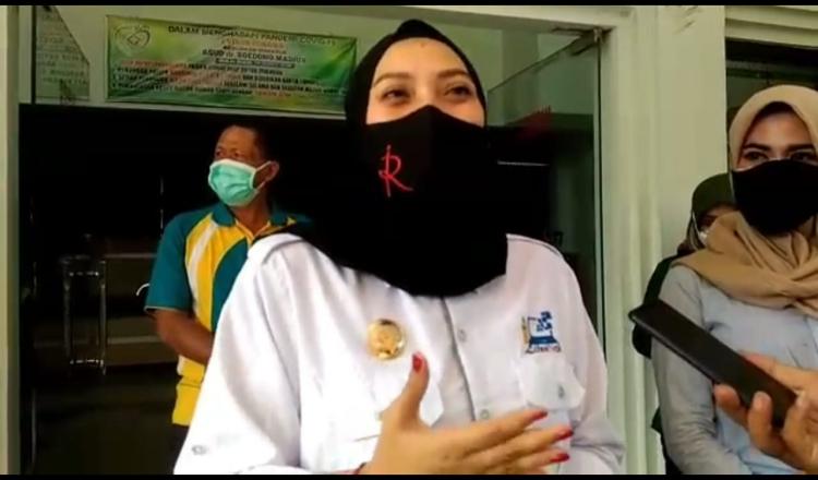 Wakil Wali Kota Madiun Sumbangkan Gajinya untuk Warga Terdampak Covid-19