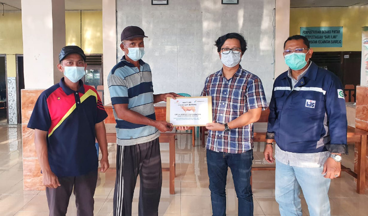 Pertamina Salurkan 3 Ekor Sapi ke Warga di Kecamatan Sarirejo Lamongan