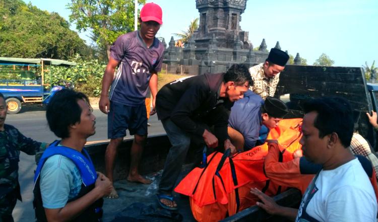 Cuci Daging Kurban di Laut, Santri Asal Tuban Ditemukan Meninggal Terseret Ombak