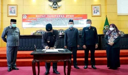 Raperda Pertanggungjawaban APBD Kota Blitar TA 2020 Akhirnya Didok oleh DPRD Kota Blitar